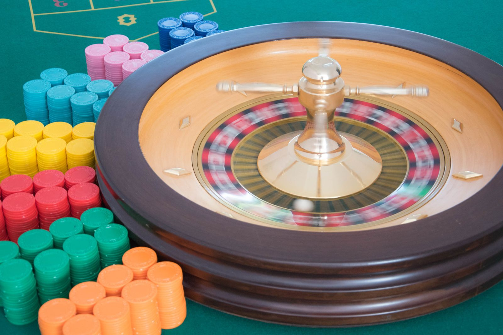 Intrattenimento a tema casinò per eventi di beneficenza